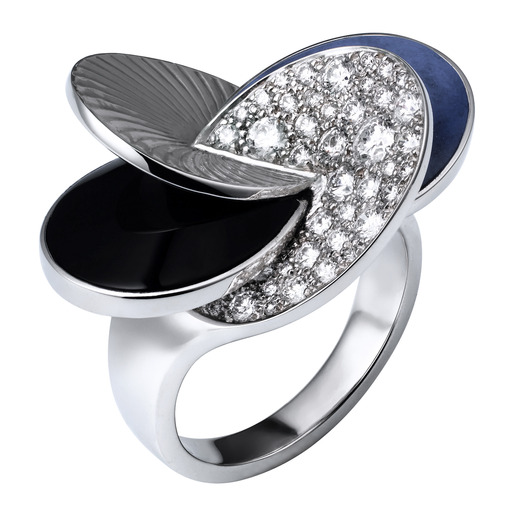 1 - Ring White gold, onyx, lapis lazuli, diamonds