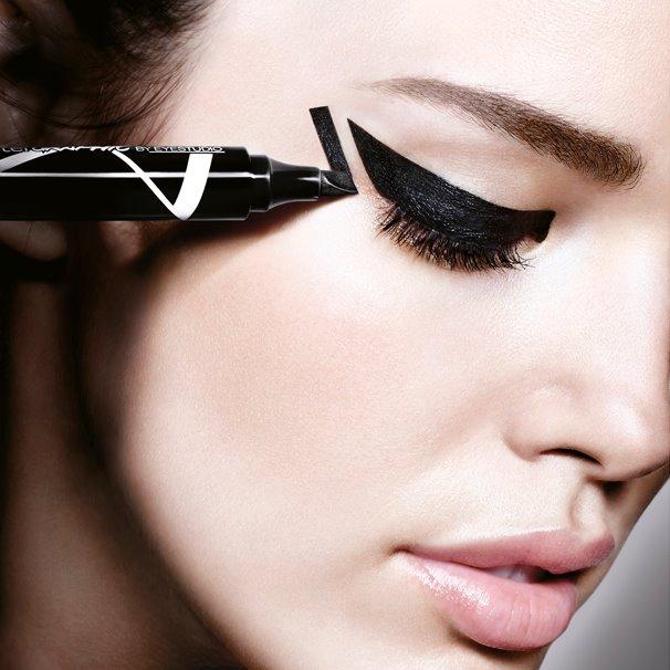 Eyeliner Master Graphic