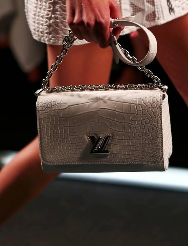 Louis Vuitton Women's Spring 2015 Fashion Show