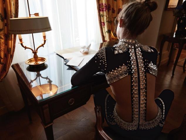 Vogue-Germany-May-2016-Gigi-Hadid-by-Camilla-Akrans-3