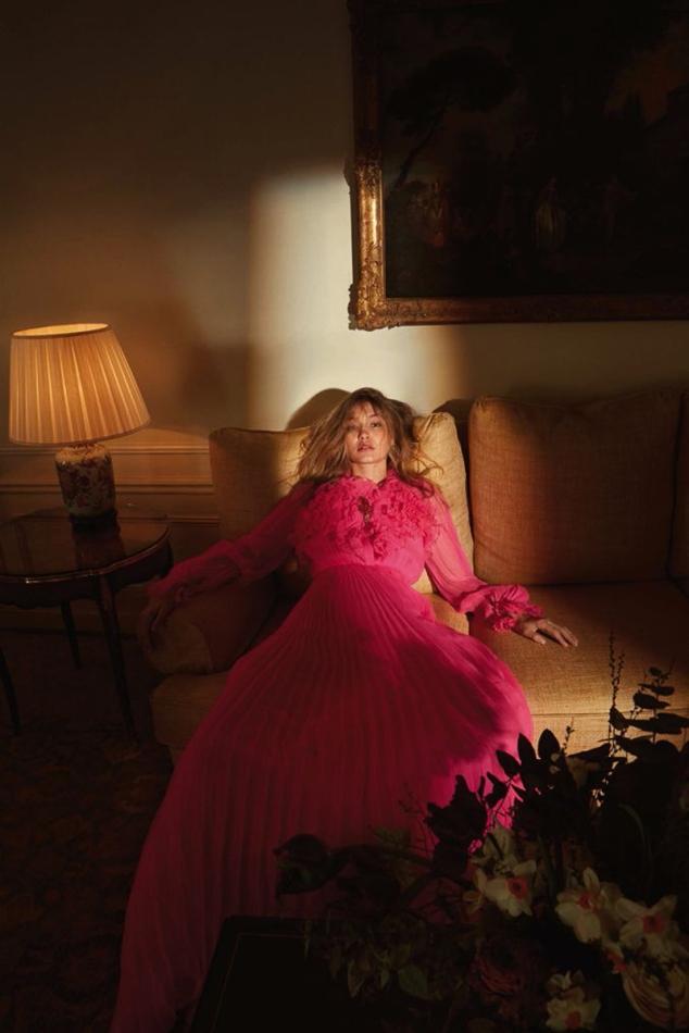 Vogue-Germany-May-2016-Gigi-Hadid-by-Camilla-Akrans-6